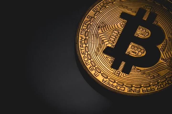Bitcoin, 10 bin doların üstünde