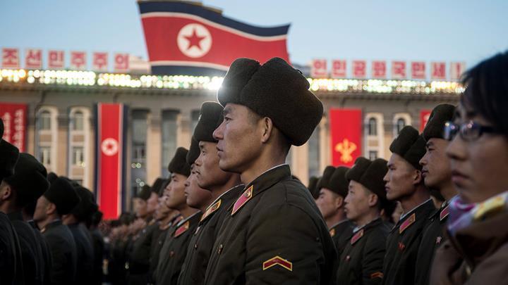Kuzey Kore, yeni yerli akıllı telefon modeli Pyongyang 2425'i tanıttı