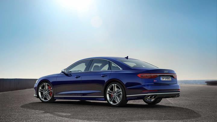 2019 Audi S8 tanıtıldı: 563 beygirlik çift turbo V8