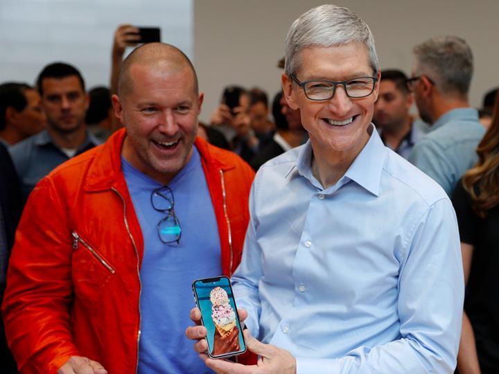 Tim Cook'tan Apple fanlarına: Sizi uçuracak ürünler üzerinde çalışıyoruz