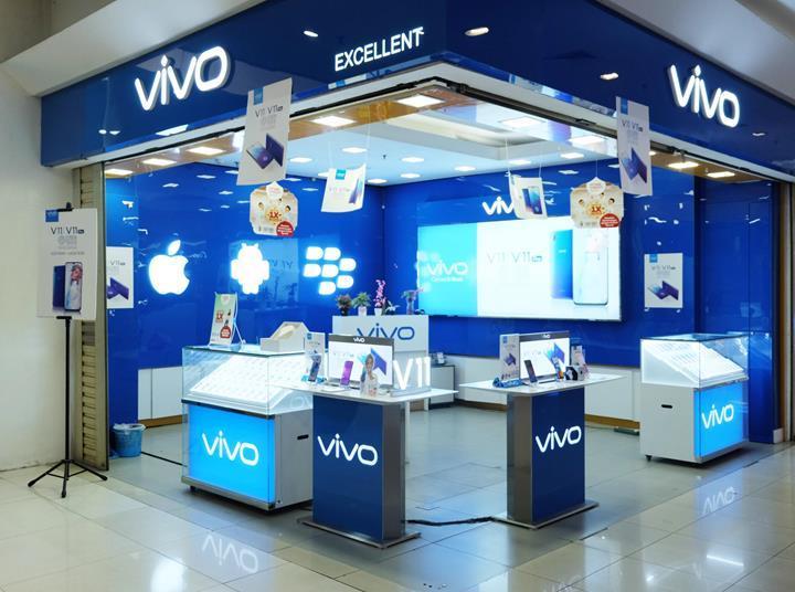 Vivo'nun yeni telefonu görselleri ve teknik özellikleri ile karşımızda