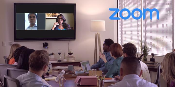 Zoom uygulaması yüklü Mac'lerdeki güvenlik açığı, kameranın açılmasına izin veriyor