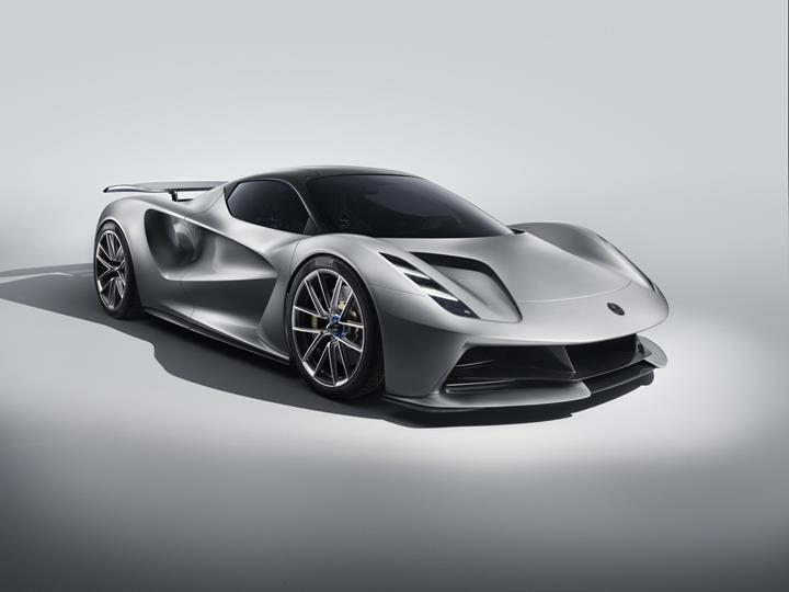 Lotus'un elektrikli hiper otomobili Evija tanıtıldı: 18 dakika şarjla 400 km menzil
