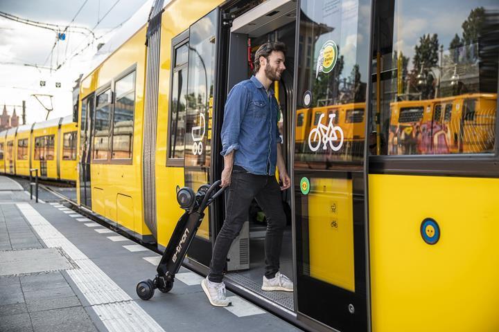 Audi elektrikli scooter pazarına giriyor: İşte e-tron scooter