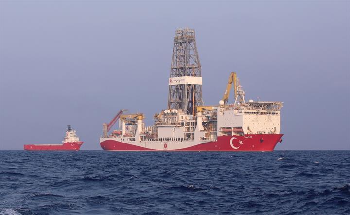Yavuz gemisi Doğu Akdeniz'de sondaja başladı