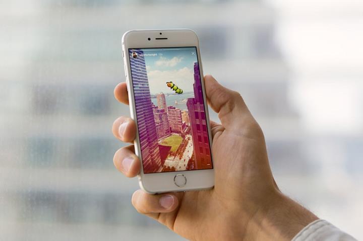Facebook, Instagram'daki reklam sayısını artırıyor
