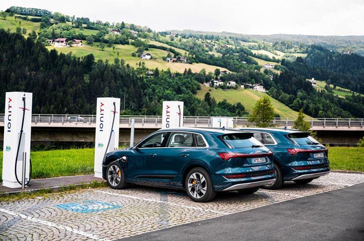 Elektrikli araçlar uzun yola uygun mu? Audi'ye göre evet