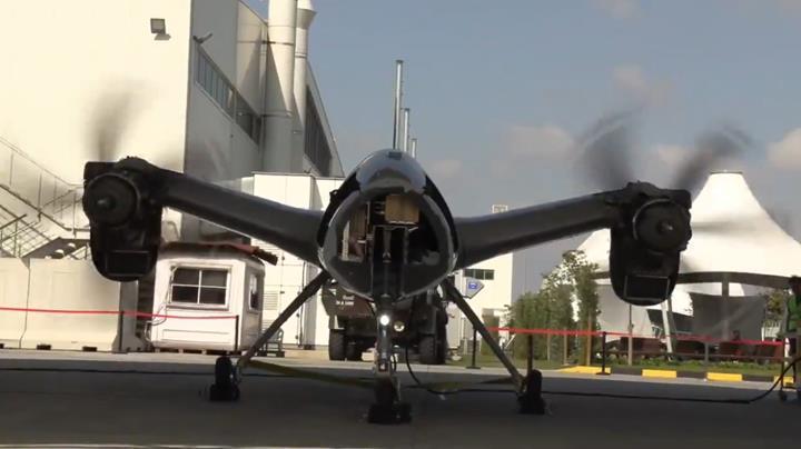 Savaş uçaklarının yükünü azaltacak Akıncı İHA'nın motoru çalıştırıldı