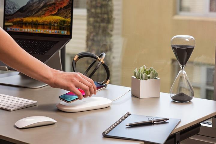 SanDisk iXPAND kablosuz şarj ve depolama çözümü duyuruldu