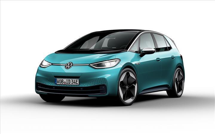 Volkswagen'in elektrikli hatchback modeli ID.3 resmi olarak tanıtıldı