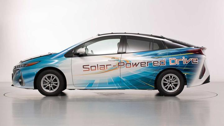 Toyota uzun menzil gidebilecek güneş enerjili arabalar üzerinde çalışıyor