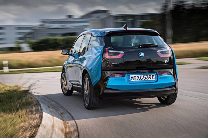BMW'nin elektrikli i3'ü yenileme planı yok