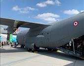 ABD yapımı C-130 kargo uçağı