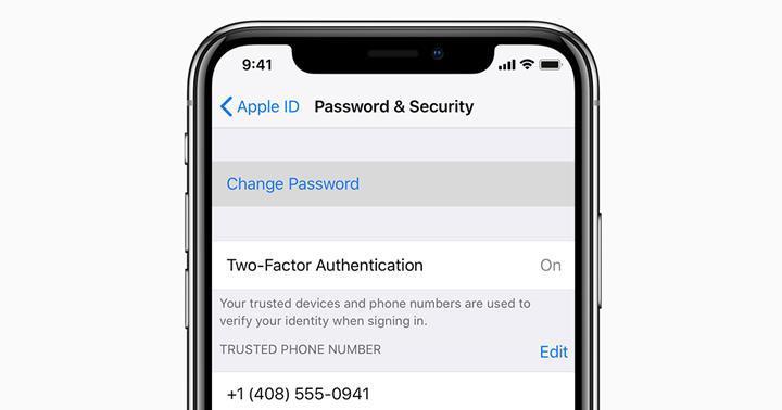 Apple ID'deki kritik hata, kullanıcıların kredi kartı bilgilerini gösteriyor