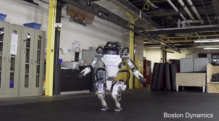 Boston Dynamics'in ünlü robotu ATLAS, yeni yetenekleriyle şaşırttı (VİDEO)