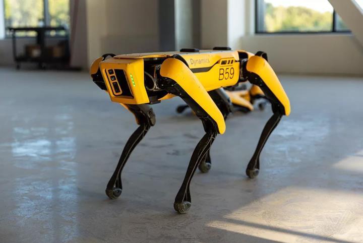 Boston Dynamics'in köpek robotu 'Spot' piyasaya sürülüyor