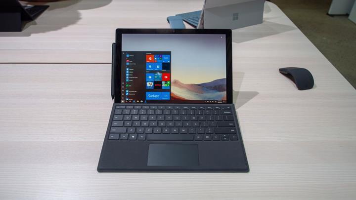 Microsoft Surface Pro 7 duyuruldu