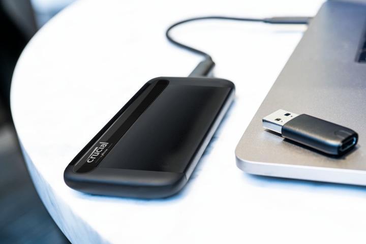 Crucial X8 taşınabilir SSD'sini duyurdu
