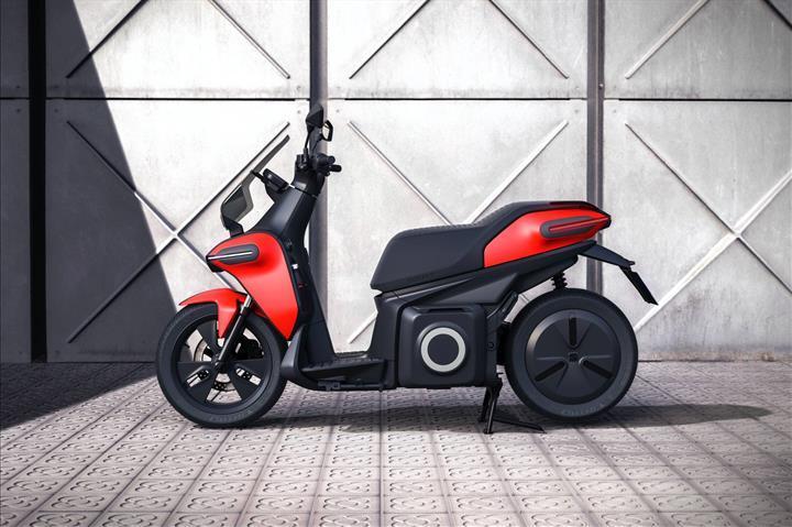 Seat, elektrikli motosiklet konsepti e-Scooter'ı tanıttı