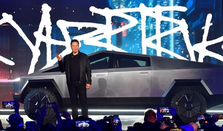 Tesla 146 bin Cybertruck ön siparişi aldı