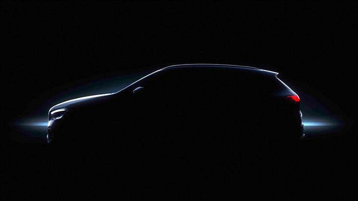 2020 Mercedes-Benz GLA'dan ilk resmi görsel geldi