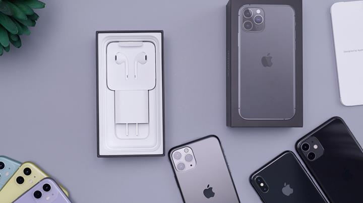 Apple, yeni iPhone'ların kutusuna AirPods'u dahil etmeyi düşünüyor