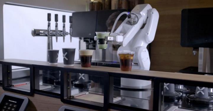 Karşınızda, kahve kuyruklarını en aza indirmeyi hedefleyen robot barista