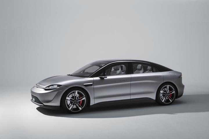 Sony, CES 2020'de sürpriz yaparak Vision-S adlı elektrikli konsept otomobilini tanıttı