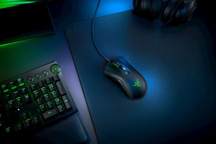Razer DeathAdder V2 ve Basilisk V2 oyuncu fareleri duyuruldu