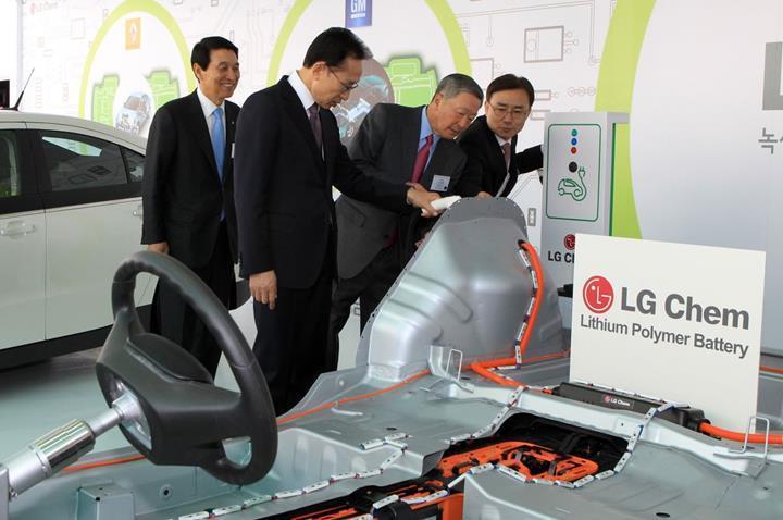 Tesla, LG Chem ve CATL ile batarya tedarik anlaşması yaptı