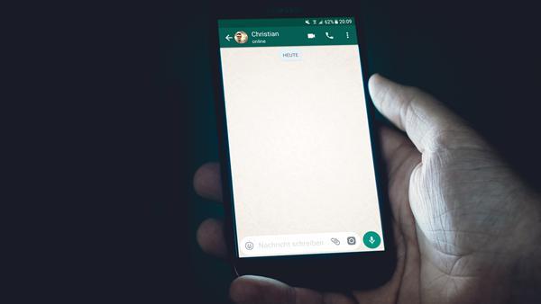 Google yüzünden gizli WhatsApp gruplarını herkes görebiliyor - DonanimHaber