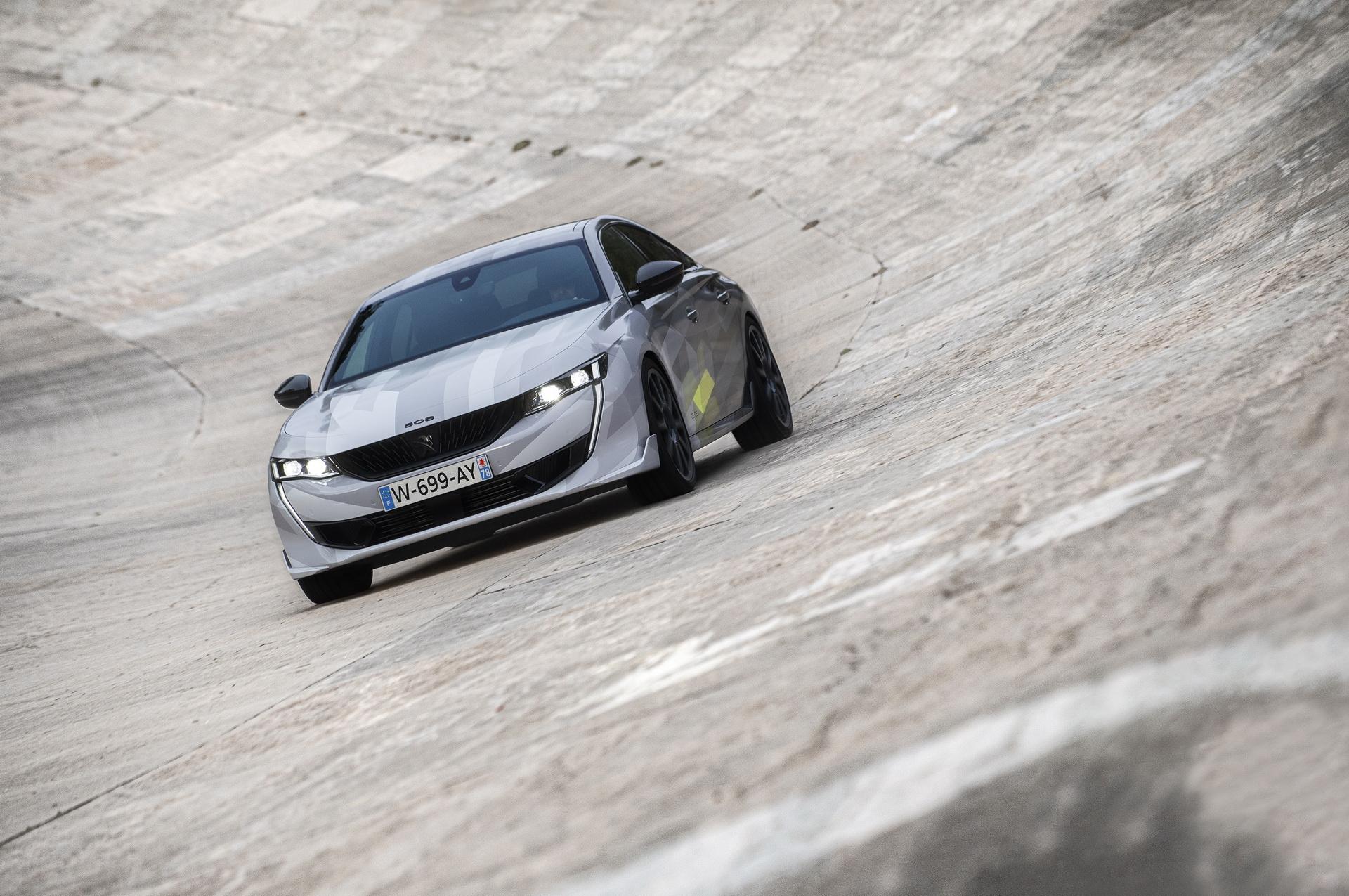 Peugeot, 360 beygirlik yeni canavarını tanıttı: Peugeot 508 PSE