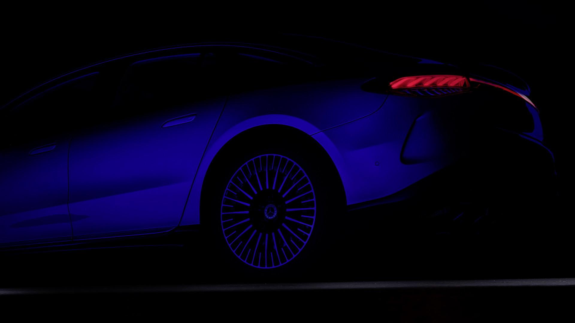2021 Mercedes EQS tanıtıldı: Elektrikli araç dünyasının S-Class'ı