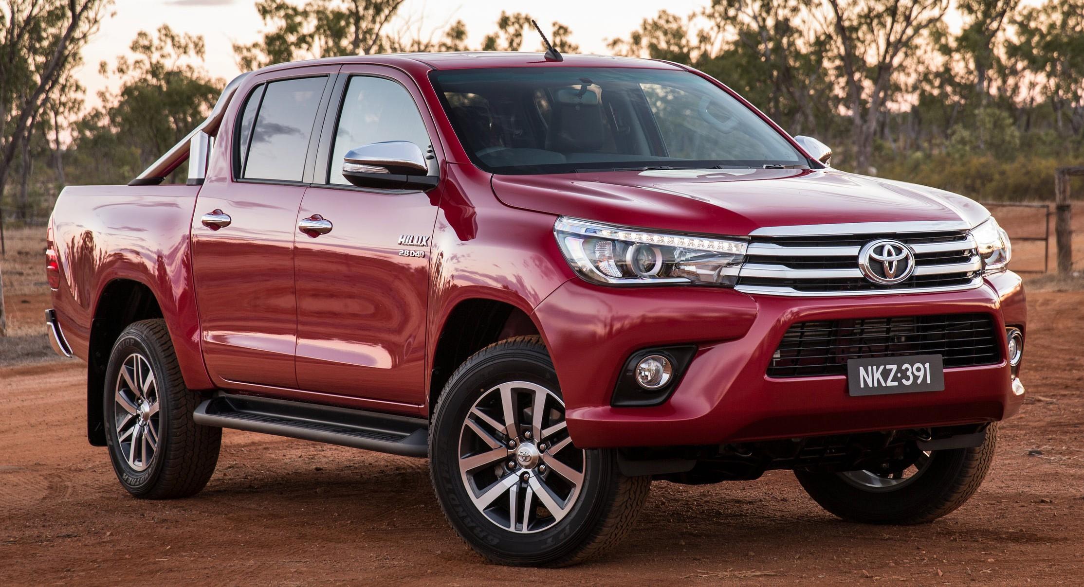 Toyota Hilux 2016: Maße und Motoren - MOTOR-TALK